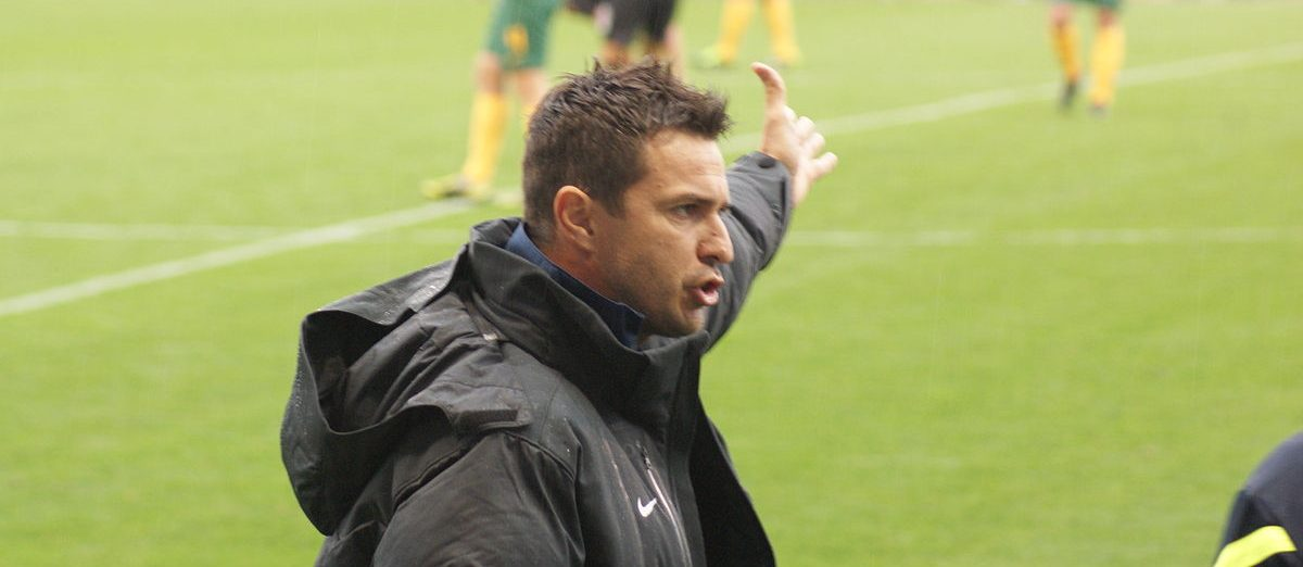 1200px Paul Okon Managing Young Socceroos E1548912180785